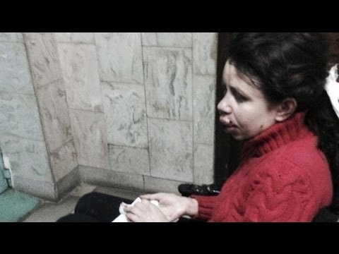 How journalist Tetyana Chornovil  Ukrainian activist attacked
