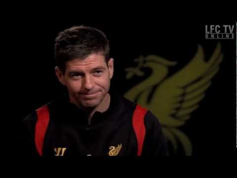 Stevie G's all-time eleven, Liverpool captain Steven Gerrard chooses his all-time LFC team from the players he has played alongside. Do you agree? Click here for more great LFC clips ww...