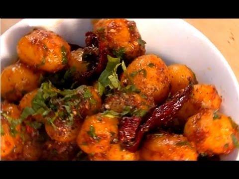 Garlicky Chilli Potatoes