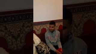 سبحان الله..شاب مغربي كيتكتب فالجسم ديالو اسم الله منين كيقرا القرآن في رمضان (فيديو) |