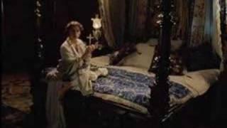 Stephanie Leonidas Dracula