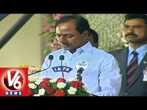 K Chandrasekhar Rao sworn in as first CM of Telangana