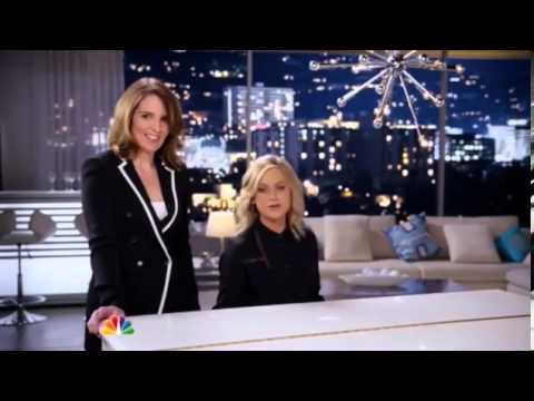Tina Fey and Amy Poehler sing off key in Golden Globes promo   Mail Online