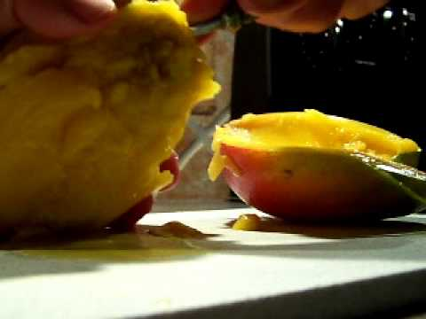 How to pit and get the most meat out of a Mango fruit