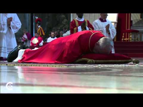 Pope begins Easter Triduum