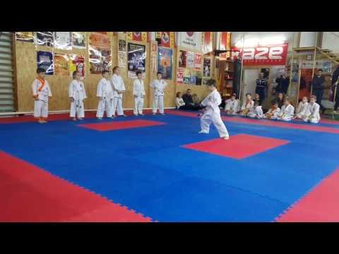 Аттестационный экзамен 24.12.2016 г. по каратэ в клубе Тигренок ч. 1