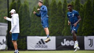 Bernardeschi joins up with Juventus in Boston