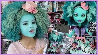 Monster High Honey Swamp Doll Review KittiesMama
