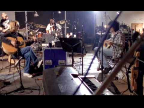 Tom Petty - Runnin' Down A Dream DVD Trailer
