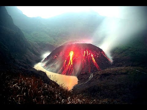 Volcano Eruption Mount Kelud ,Indonesia 14 Feb 2014 Video