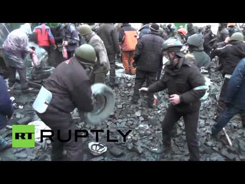 Ukraine: Clashes continue despite truce