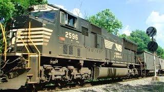 3 Norfolk Southern Trains Meet in Virginia