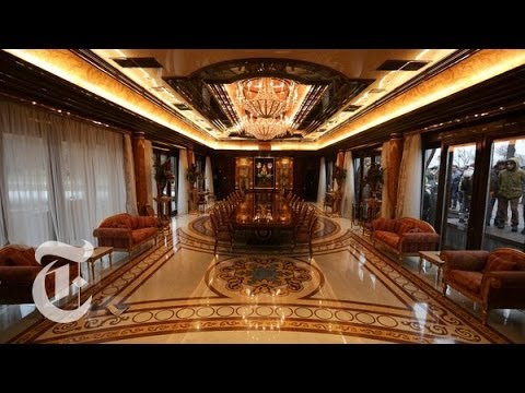 Times Minute 2/25/14 | Inside Yanukovych's Home | The New York Times Minute