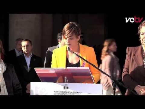Ana Carrascosa lee el Manifies...