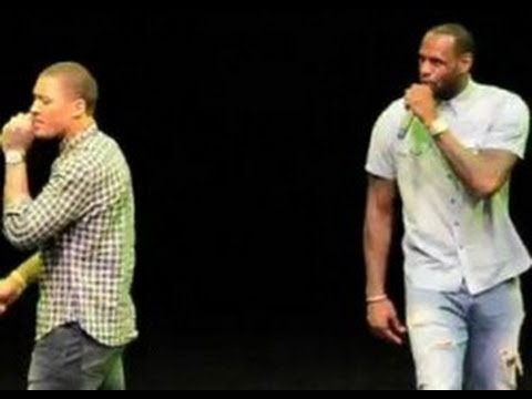 "LeBron James Raps Juvenile's ""Back That Azz Up"" At Karaoke"
