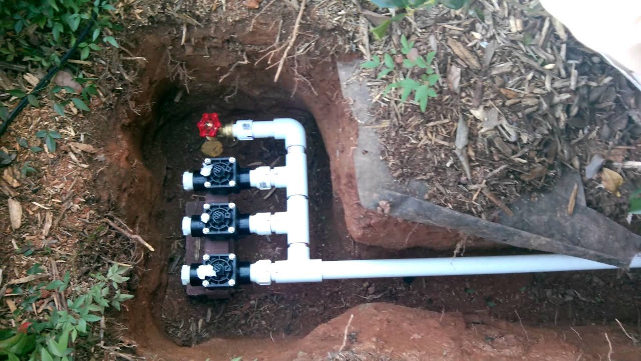 VALVE MANIFOLDS FOR LAWN SPRINKLERS AND IRRIGATION