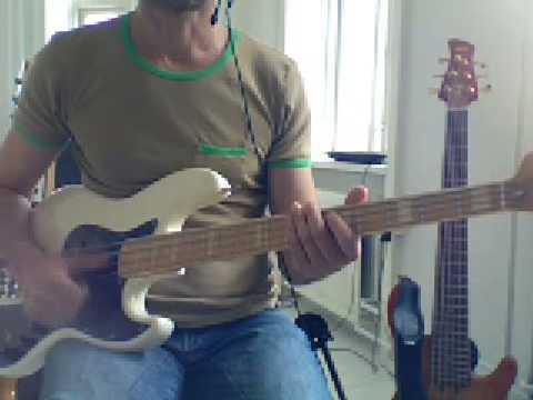 L92 Double thumb bass exercise Am