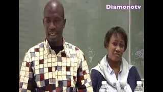 La Seance De Dedicaces Du Livre De Mamadou Sy Tounkara A Paris