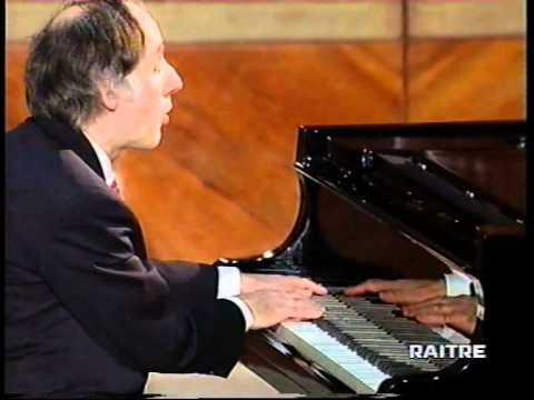 DEBUSSY : Mazurca, Valse romantique, D'un cahier d'esquisses, L'isle joyeuse - pianista BRUNO CANINO