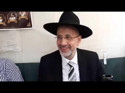 Les lois et minahguim de Hol Hamoed Souccot en direct de la soucca de Asher