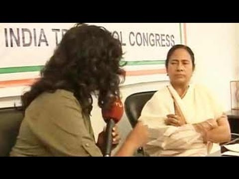 Not bitter about Anna's absence: Mamata Banerjee to NDTV