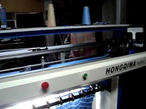 Maquina de tejer cuellos y puños