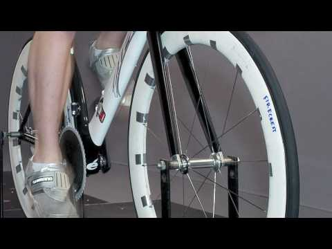 Zipp 404 Carbon Clincher Launch.mov
