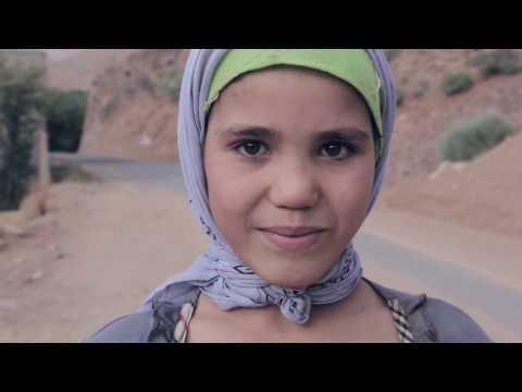 العاديون : عائشة تريد أن تتكلم