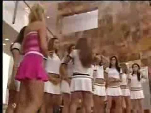Mia E Roberta - Grupos De Dança - Guerrinha