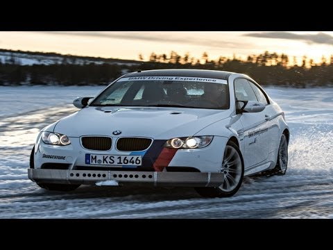BMW Ice Power Training: BMW M3 und Spikes auf Eis unterwegs