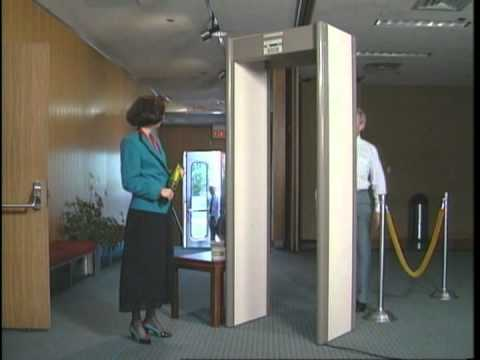 Garrett CS 5000 Walk-Through Metal Detector