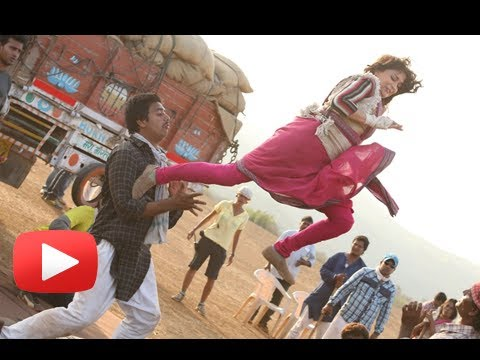 Madhuri Dixit's Aggressive Avatar In Gulab Gang - New Picture