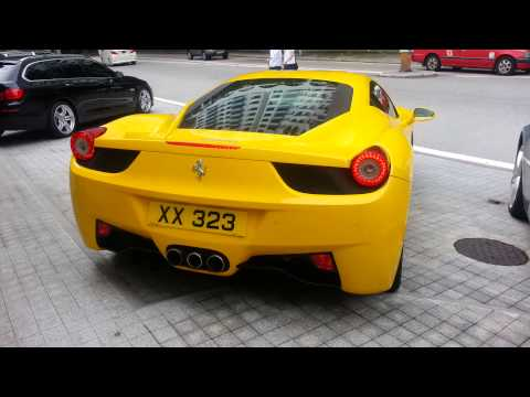 Ferrari 458 Italia start up,rev and take off