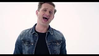 Смотреть или скачать клип Шахзода feat. TWO (Ex. Akcent) - Линда