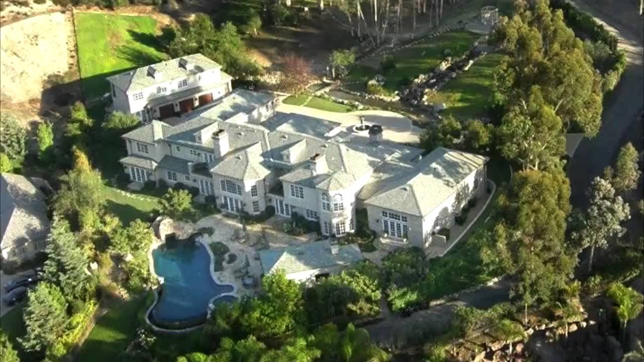 Bill Gates And His House images