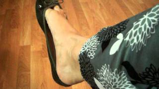 Dangling And Shoeplay With Green Flats Ballerinas