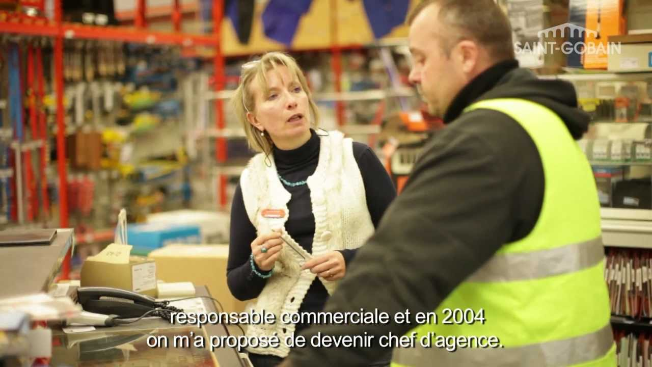 corinne chef d 39 agence chez point p saint gobain france youtube. Black Bedroom Furniture Sets. Home Design Ideas