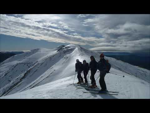 Ascensión y descenso con esquís de la Punta del Cuello Bozo
