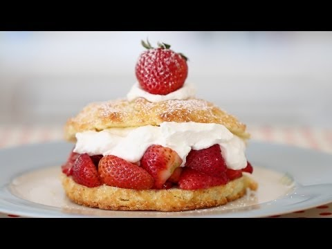 Gemma's Strawberry Shortcake - Bigger Bolder Baking Ep 11 - Gemma Stafford Recipe