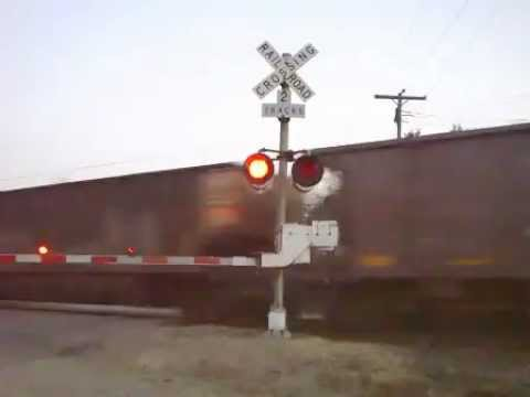 BNSF 9721 (SD70MAC) East Iron Ore Train (11-4-2012)