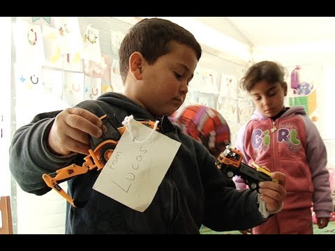 Jordan: Toys for Syrian Refugee Children