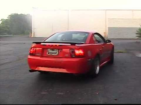 2001 Mustang V6 BurnOut.mpg