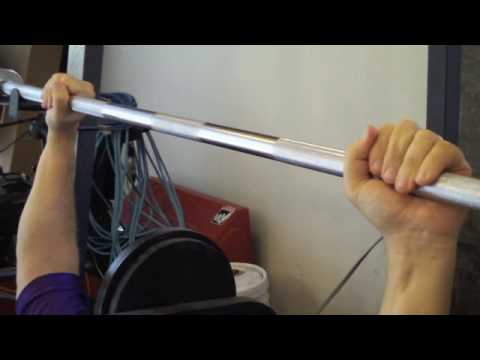 Proper Bench Press Grip for Safety, avoid accidents or injury lifting weights