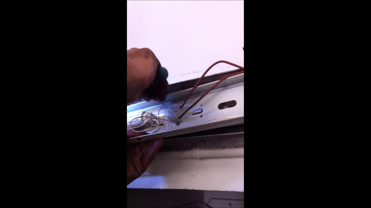 Sustituci n tubo fluorescente tradicional por led youtube for Sustituir tubo fluorescente por led