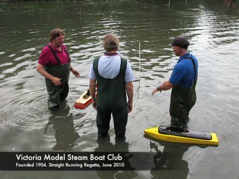 Model steam boat straight running regatta