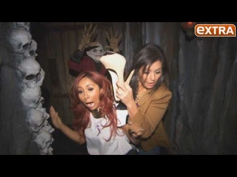 Snooki and JWoww Freak Out at Universal's House of Horrors