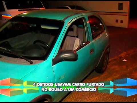 4 são detidos com carro furtado usado em roubo a comércio