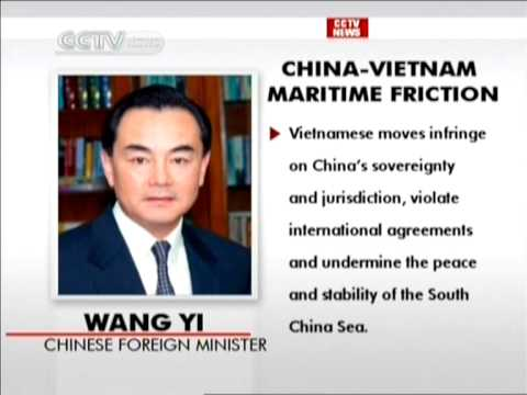 Chinese FM discusses issue with Indonesian counterpart