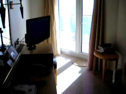 Cunard queen elizabeth club balcony stateroom 8033 youtube for Queen elizabeth balcony
