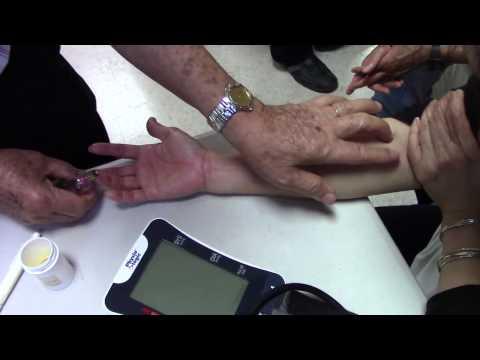 Cách chữa gân cổ tay và ngón tay giữa bị co rút cứng đau - Thầy Đỗ Đức Ngọc